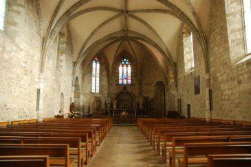 Intérieur de l'église de Maurs
