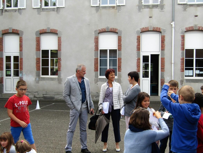 Visite de M. le Maire et son Adjointe, à l'Ecole Denis Forestier