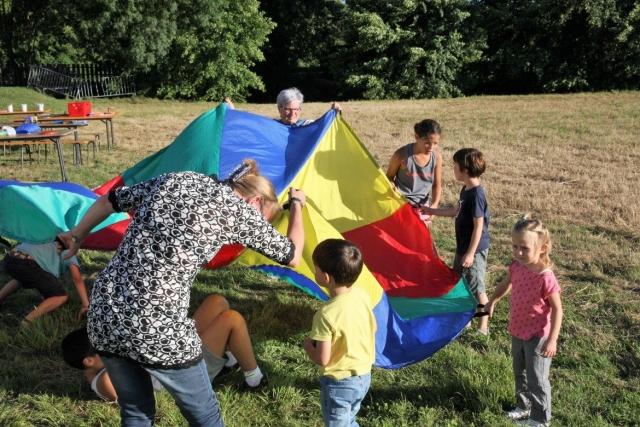 Comité des Œuvres Sociales installe des jeux d'extérieur